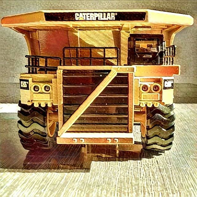 #797F #CAT #Caterpiller #Diecastmodels #CATModels #Construction #Mining #dumptruck #prisma #prismaart