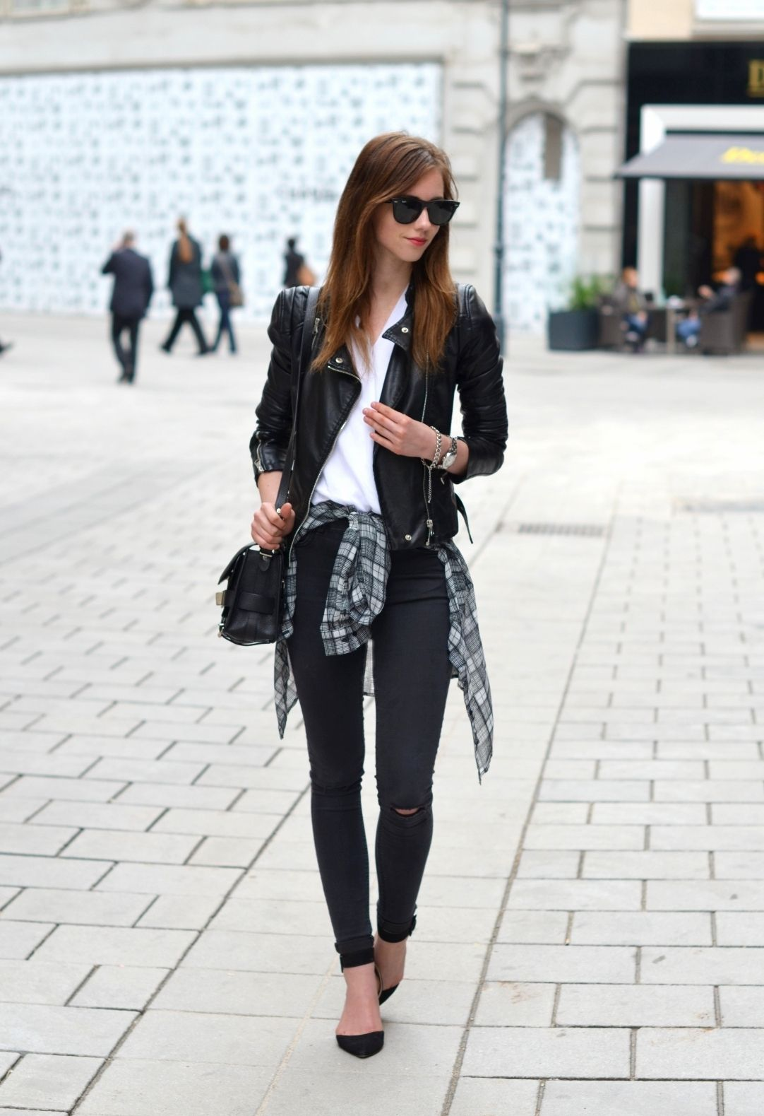 Flannel outfits around waist  VOGUE HAUS  My Style  Pinterest  Haus Clothes and Wardrobes