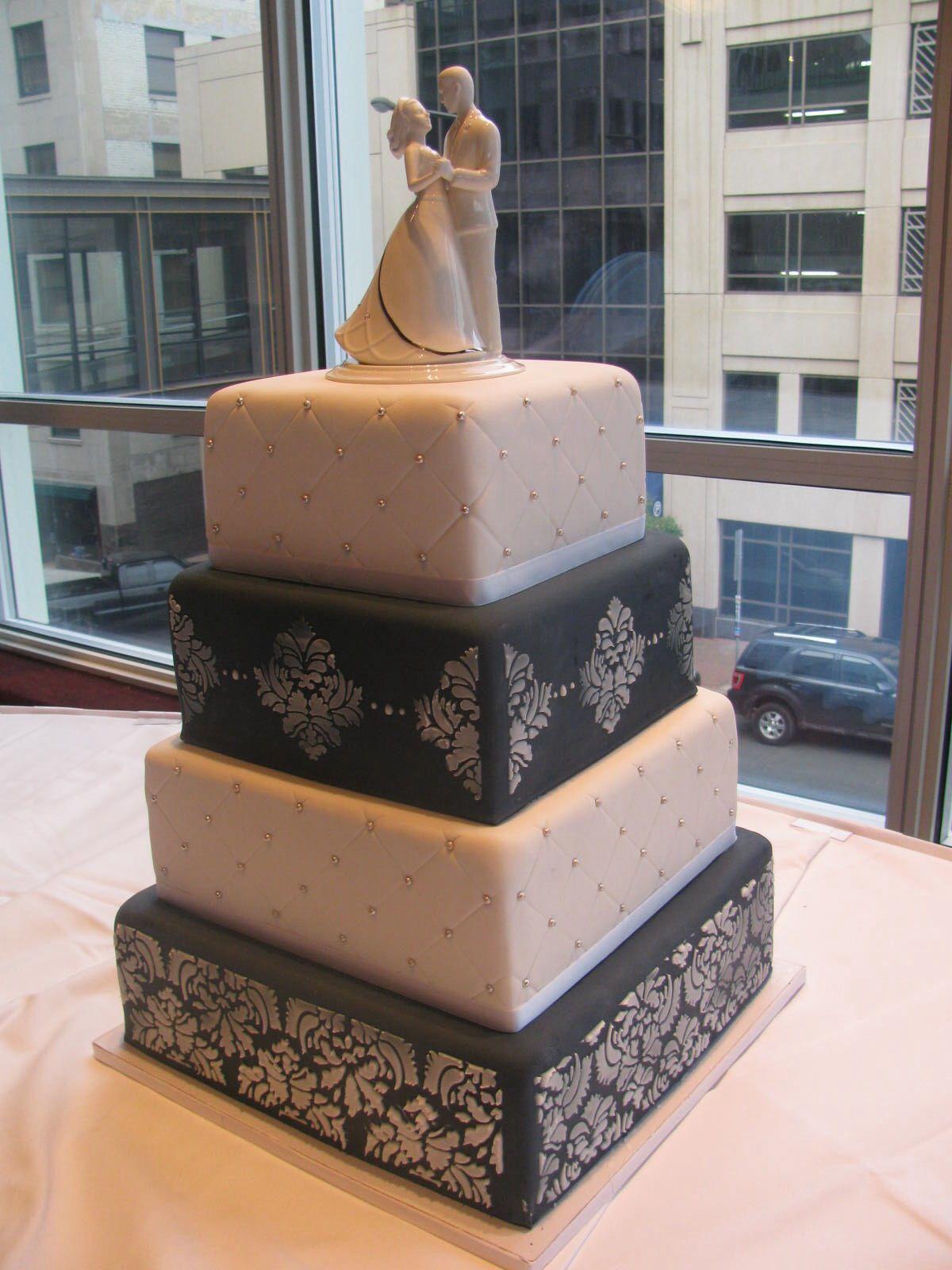 Navy and ivory damask cake Www.nadiacakes.com