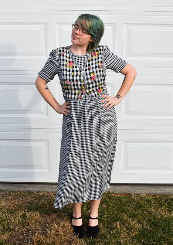 80s Plaid Dress With Floral by HarvestmenVintage on #Etsy