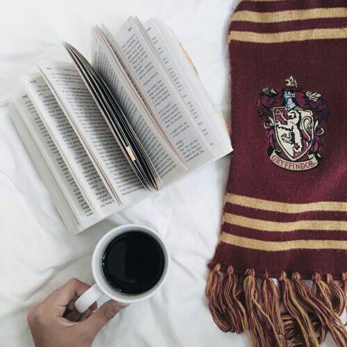 Картинка с тегом «book, harry potter, and coffee»