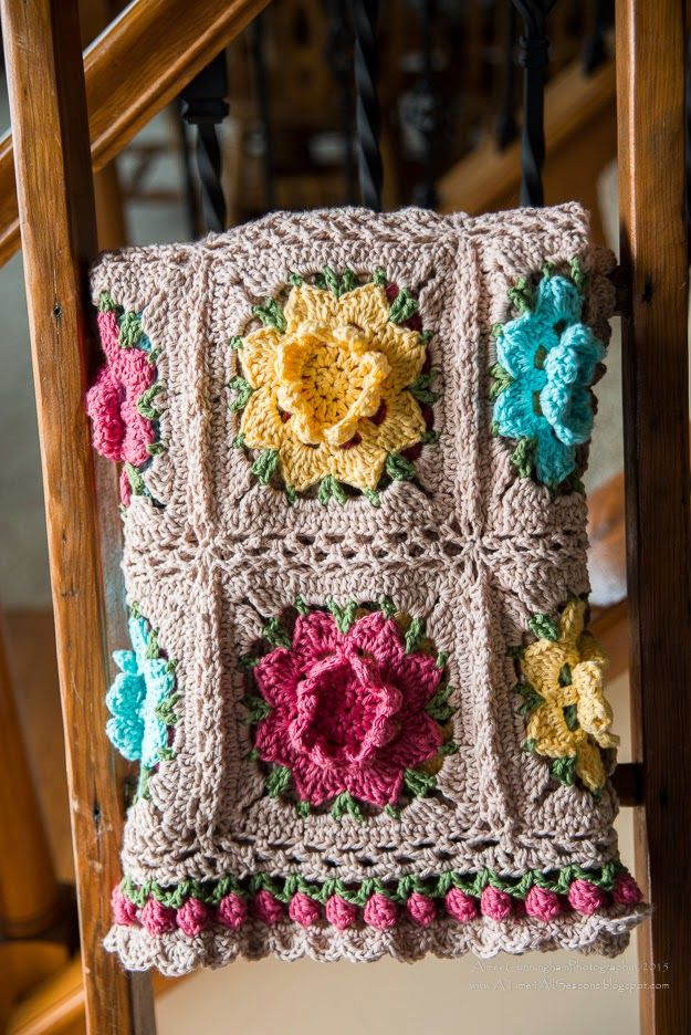 Rebekah's Flower Afghan By Aimee Cunningham - Free Crochet Pattern - (atime4allseasons.blogspot) ༺✿ƬⱤღ  http://www.pinterest.com/teretegui/✿༻