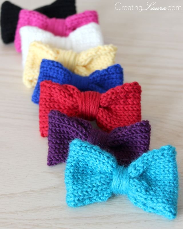 Easy Knitting Projects For Christmas : Knitted hair bows she puts them on elastics but they