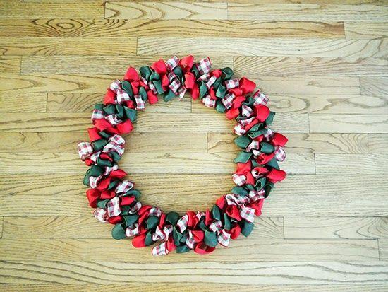 Photo of DIY Christmas Ribbon Wreath