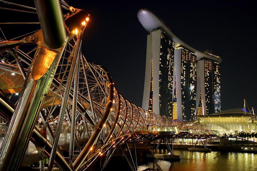 helix bridge marina bay sands Singapore