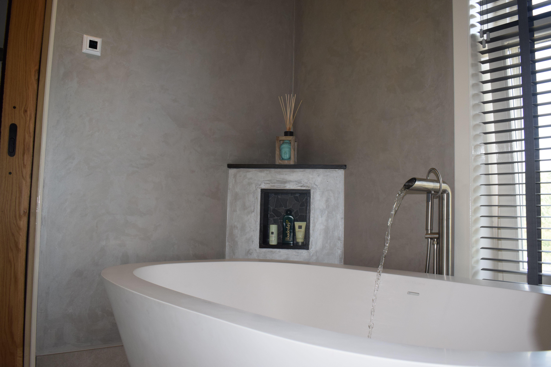 Moderne en landelijke badkamer in Schiedam! | Stone Company ...