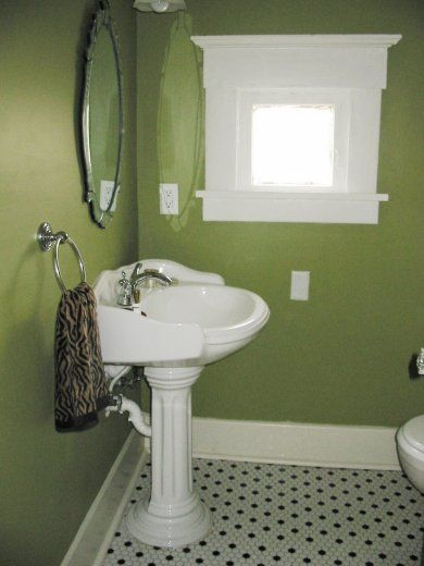 Bathrooms White Tiles Green With Black And White Tile And Fixtures I Think It Looked Great Green Bathroom Green Bathroom Paint Bathroom Colors