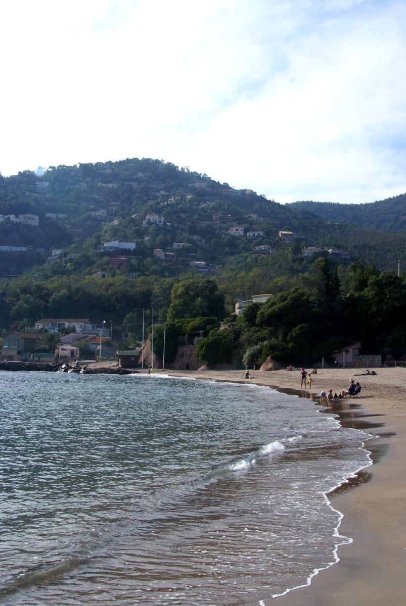 Théoule-sur-Mer   Beach scenery, Scenery, Outdoor