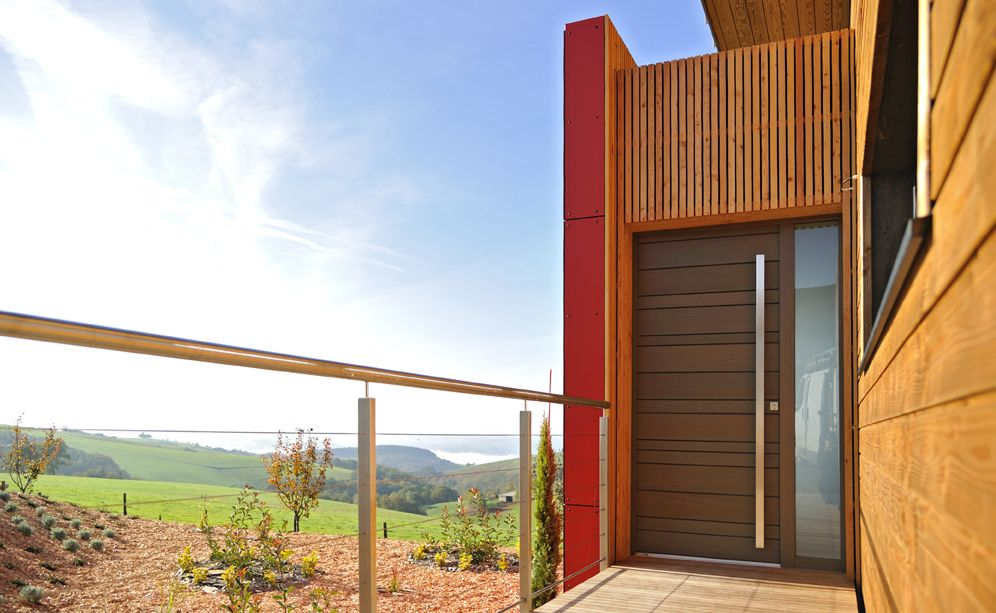 Souvent Zoom sur la porte d'entrée en Red Cedar NATIV 3 | Tanguy | Porte d  XW23
