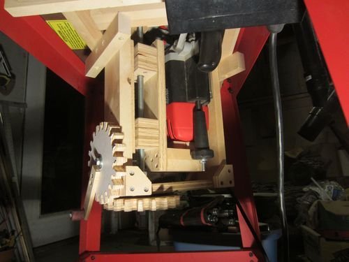 DIY Router Lift for Plunge Router #1: With Gears! - by Lumberpunk