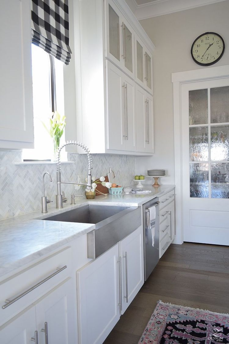 - 14 White Marble Kitchen Backsplash Ideas You'll Love White
