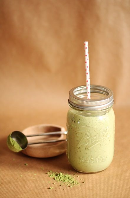 ... matcha tea smoothie ...