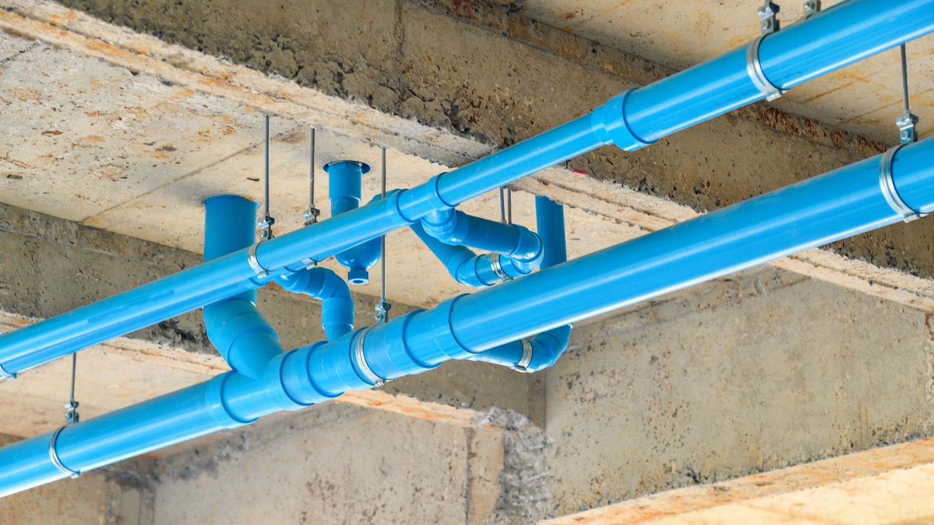 Leorivah Offer Isolation Plumbing Works Using Pipes Valves