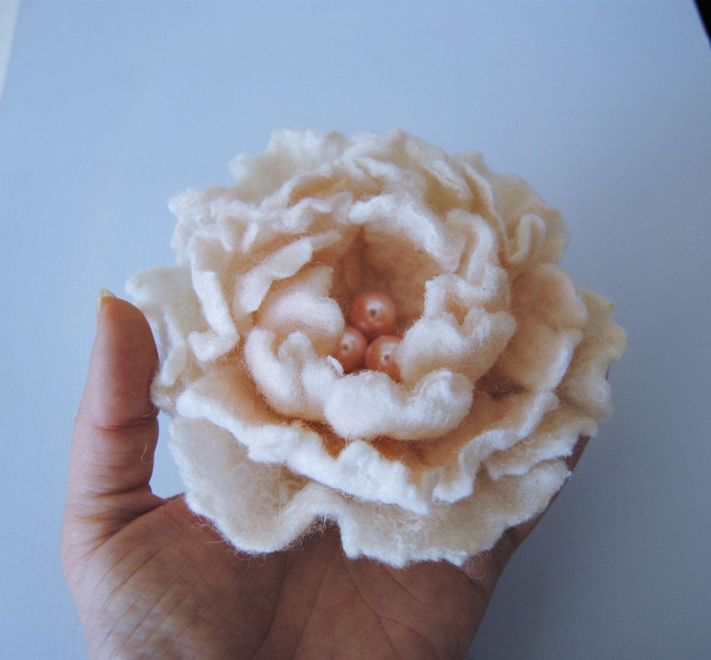 Felted Flower Brooch White Flower Vintage Style Felt Flower Pin