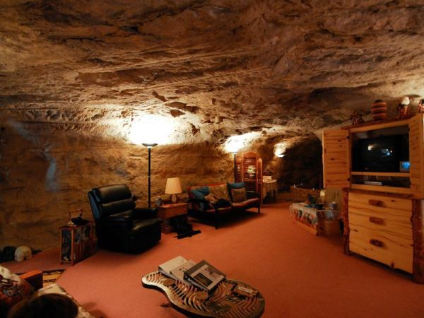 Man Cave New Mexico : Spectacular cave structures we d like to live in men