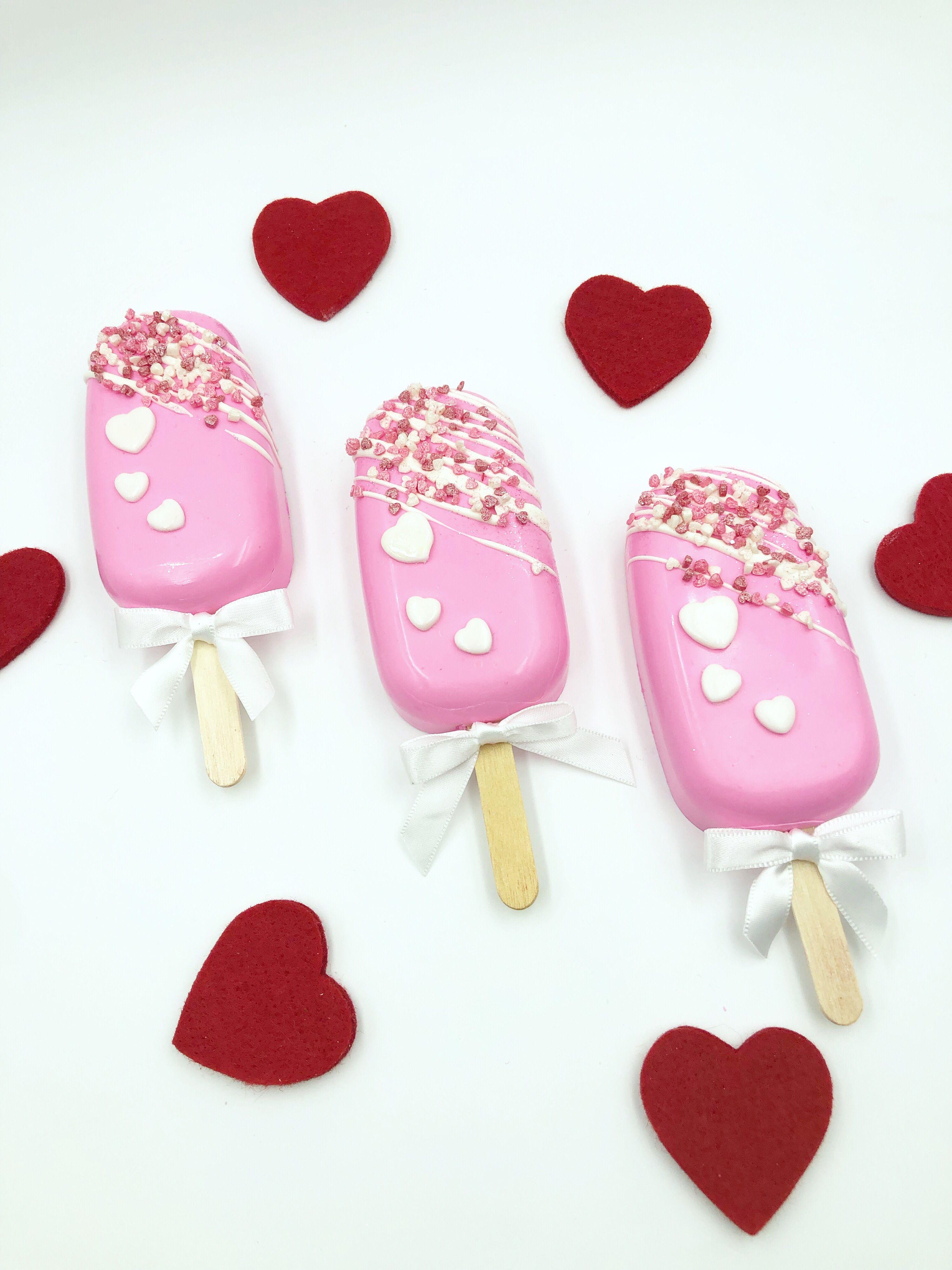 Strawberry cheesecake FilledCake Cakesicles | Ice cream cake pops, Valentine desserts, Chocolate covered treats