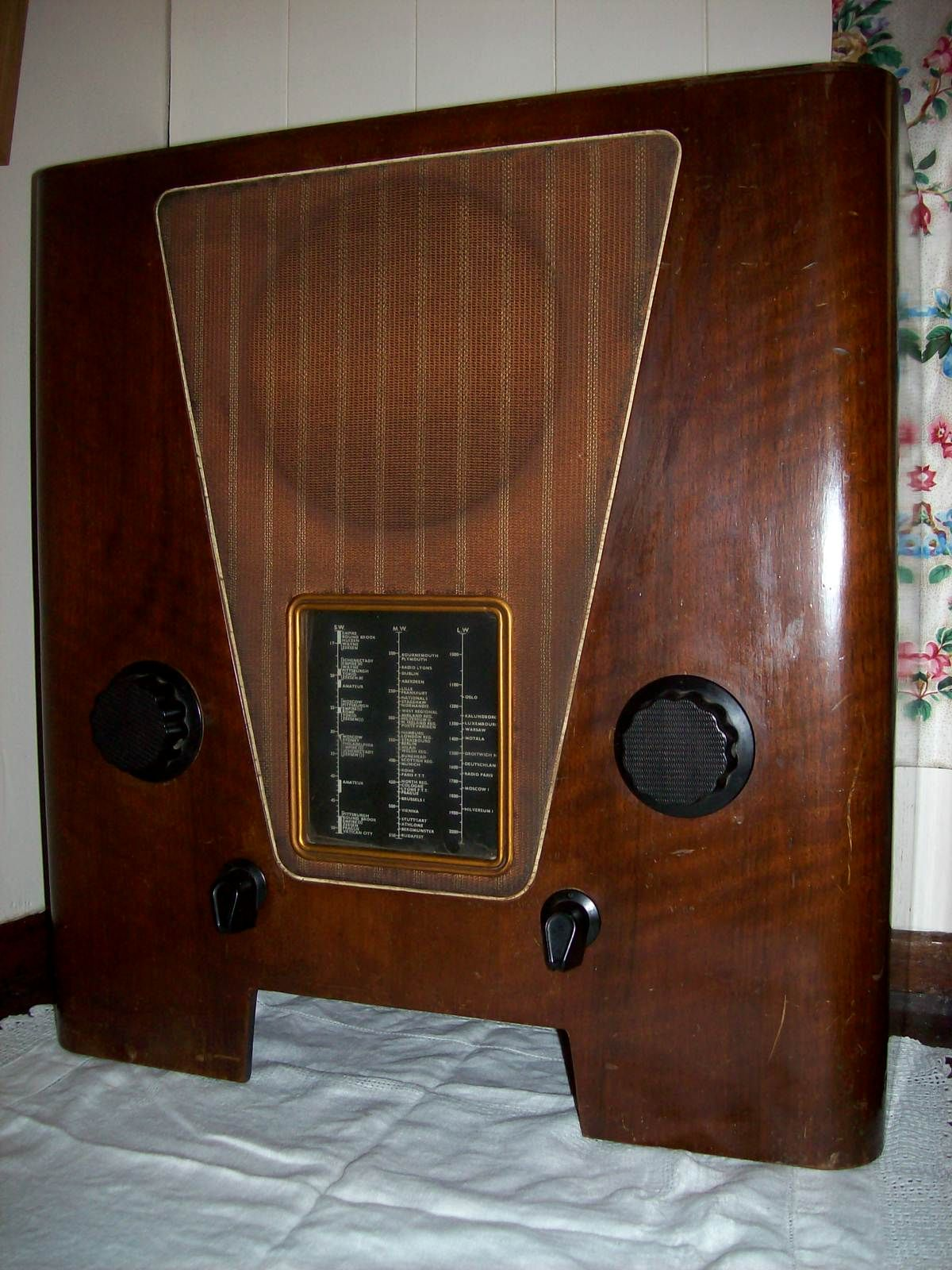 Vintage wireless radio set, used in the Yorkshire Dales