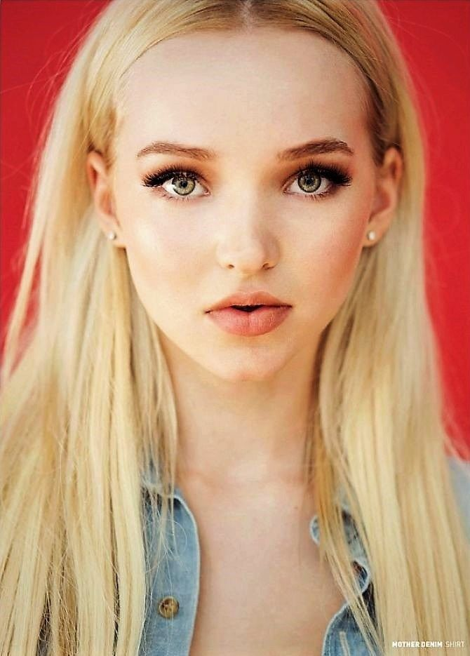 Sexy pictures of dove cameron