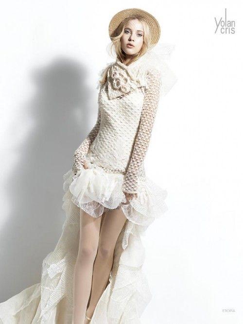 vestido de novia corto con cola larga - foto yolancris | tb