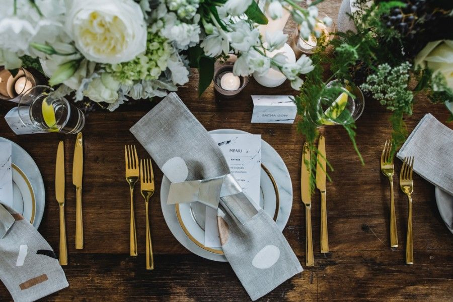 luxe table setting with gold cutlery | wedding | Pinterest ...