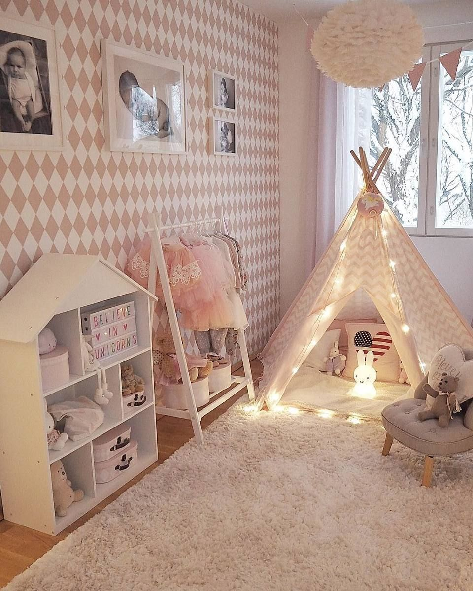 45 Lovely Girls Bed Room Ideas #toddlerrooms