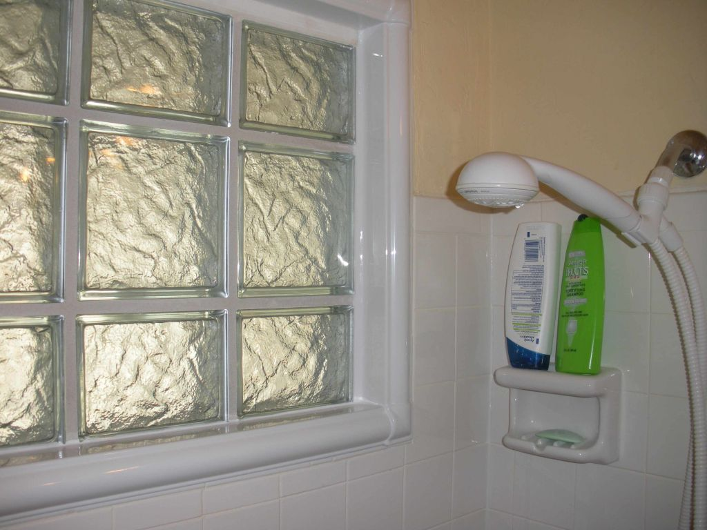 How To Choose A Shower Window for A Remodeling Project Bathroom