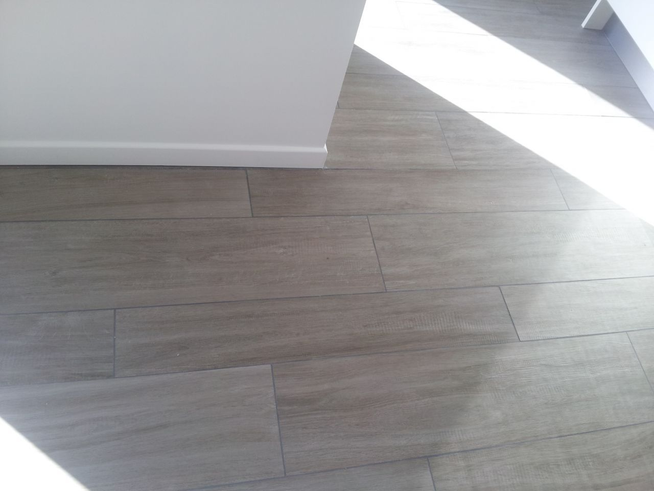 Carrelage Gris Imitation Parquet Photo