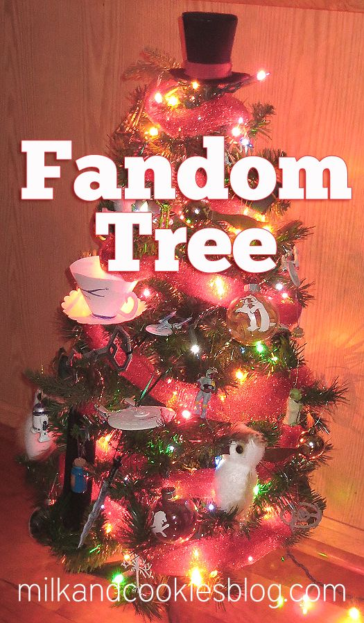 Geeky Fandom Christmas Tree | Christmas in All it's Forms ...