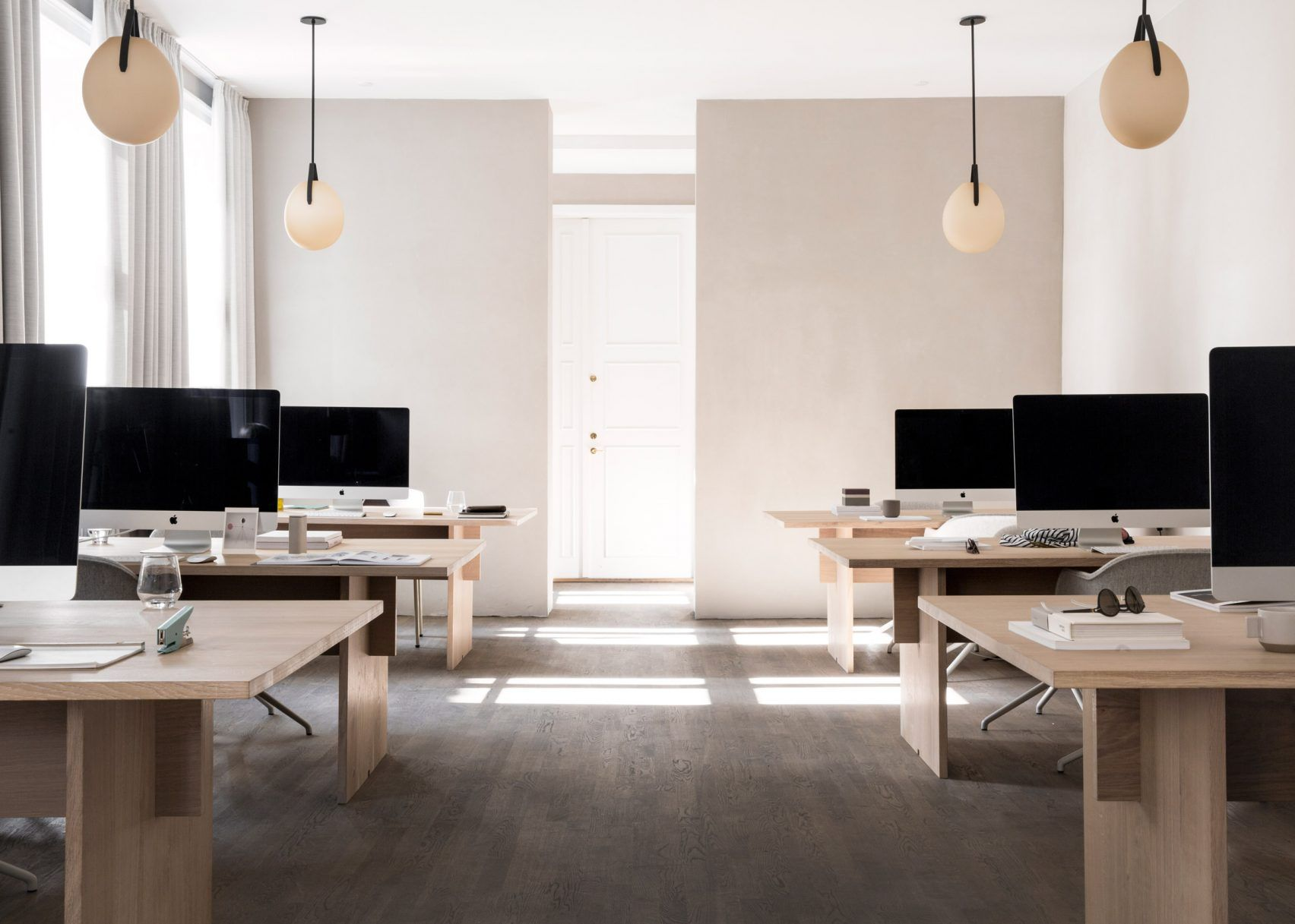 12 Of The Best Minimalist Office Interiors Where Theres Space