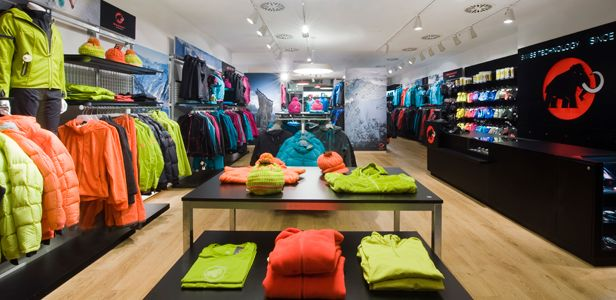 buy online 00d83 cee56 Mammut store | Exceptional Experiential Design | Pinterest ...