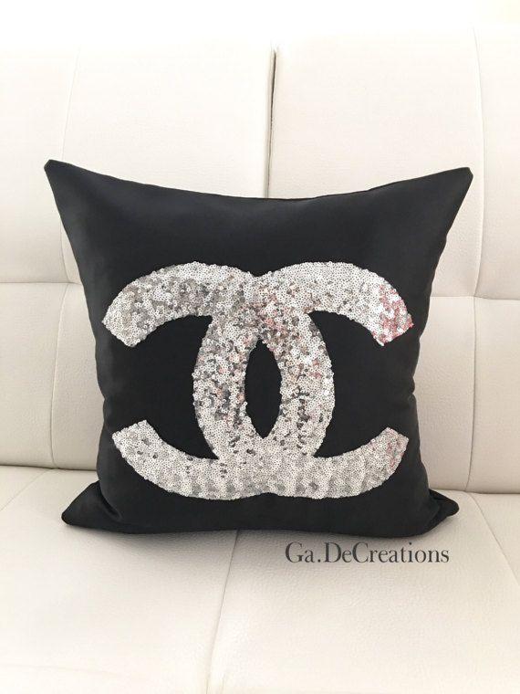 Cuscini Chanel.Nero Rosso Bianco Chanel Logo Paillettes Copertura Del Cuscino