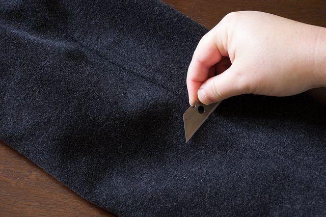 bdaa839b5971b0be74f4f8d1353d89fd - How To Get Rid Of Dust On Black Clothes