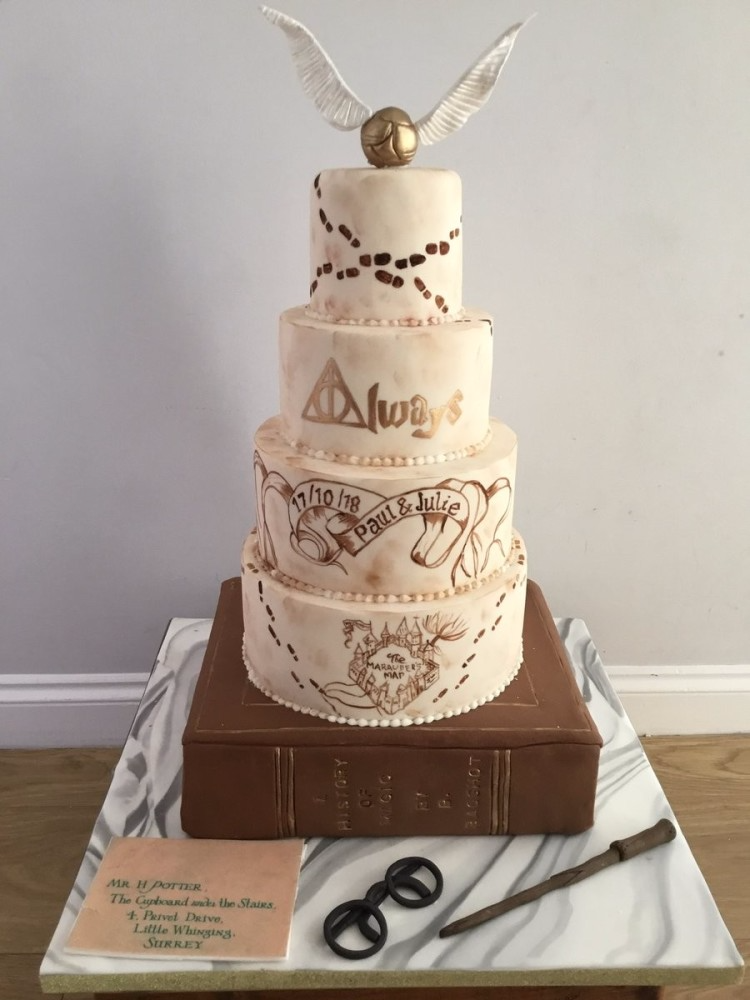 40+ Ideas Of Harry Potter Themed Wedding Cakes