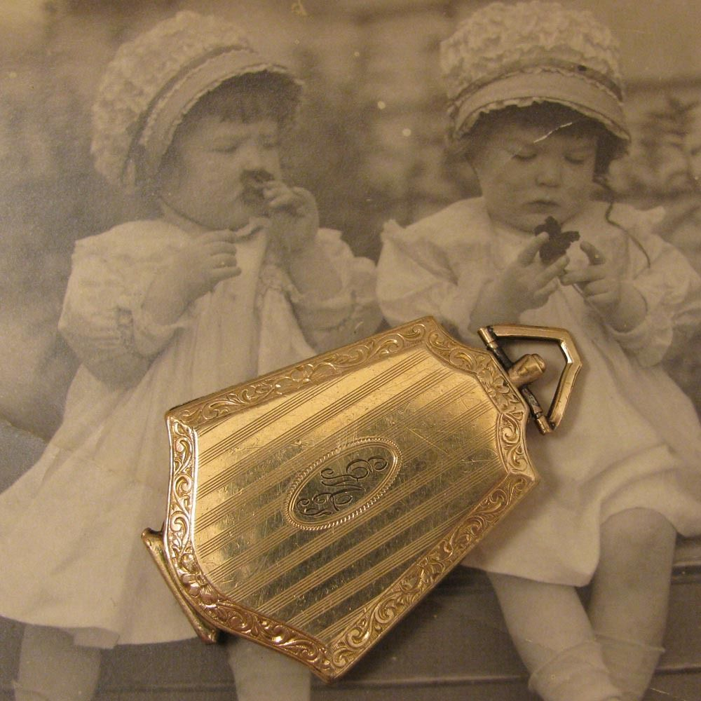 C1917 art deco gold filled photo memorial locket pendant c1917 art deco gold filled photo memorial locket pendant mozeypictures Choice Image