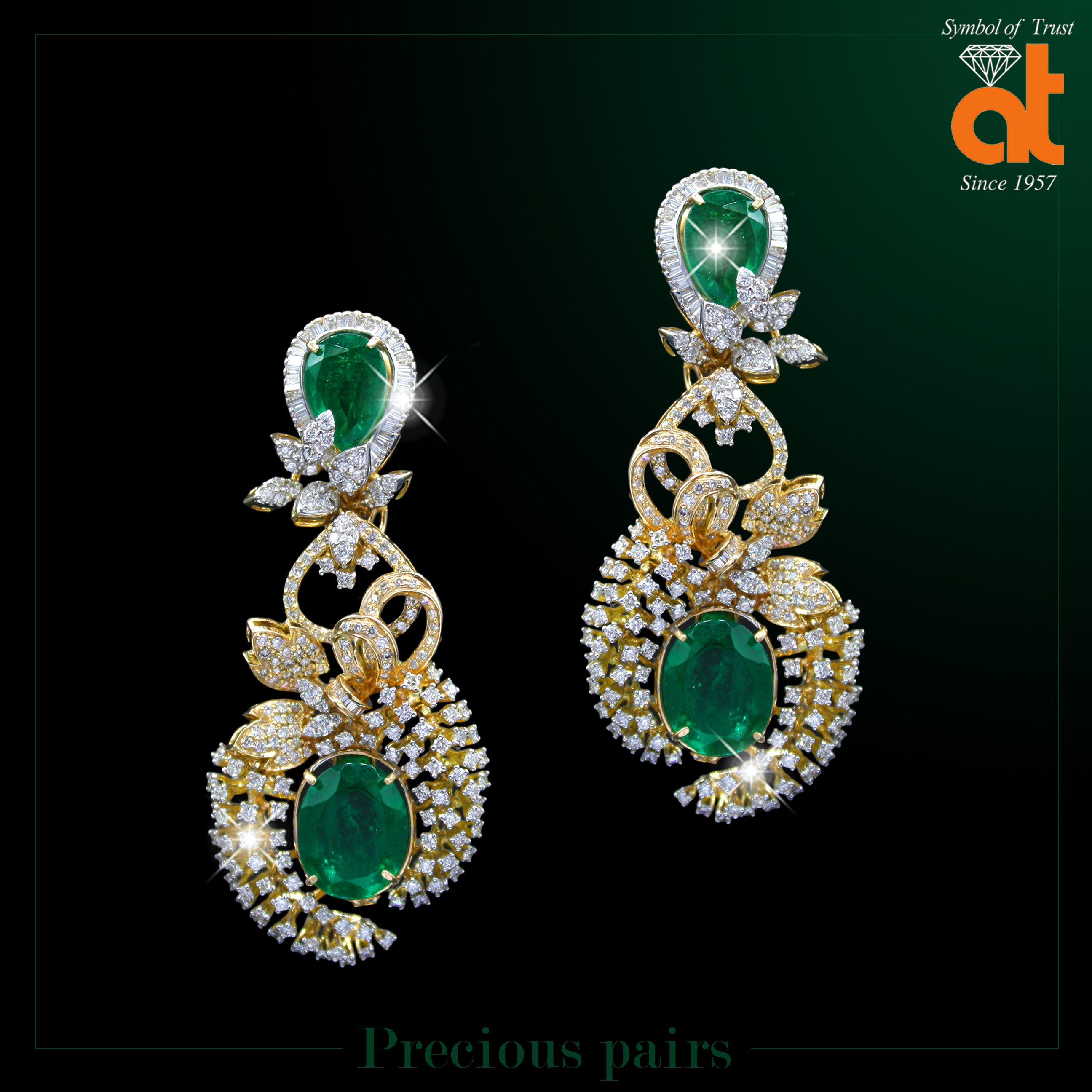 7d7b5c1e1 Designer Jewellery of Diamond Earrings sets in store #atjewellers  #wedjewels #anopchandtilokchandjewellers #polki #diamonds — at Anopchand  Tilokchand ...