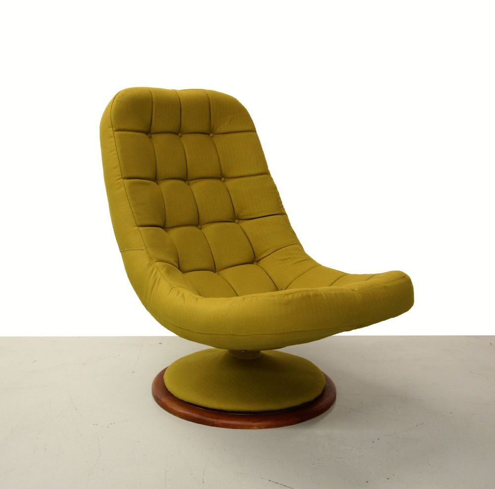 Pleasing Mid Century Scoop Swivel Chair With Teak Base By R Huber Home Interior And Landscaping Mentranervesignezvosmurscom