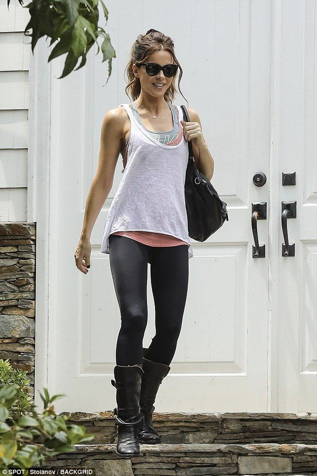 1f2bfbea6b Kate Beckinsale looked delighted with herself as she headed to the gym i.