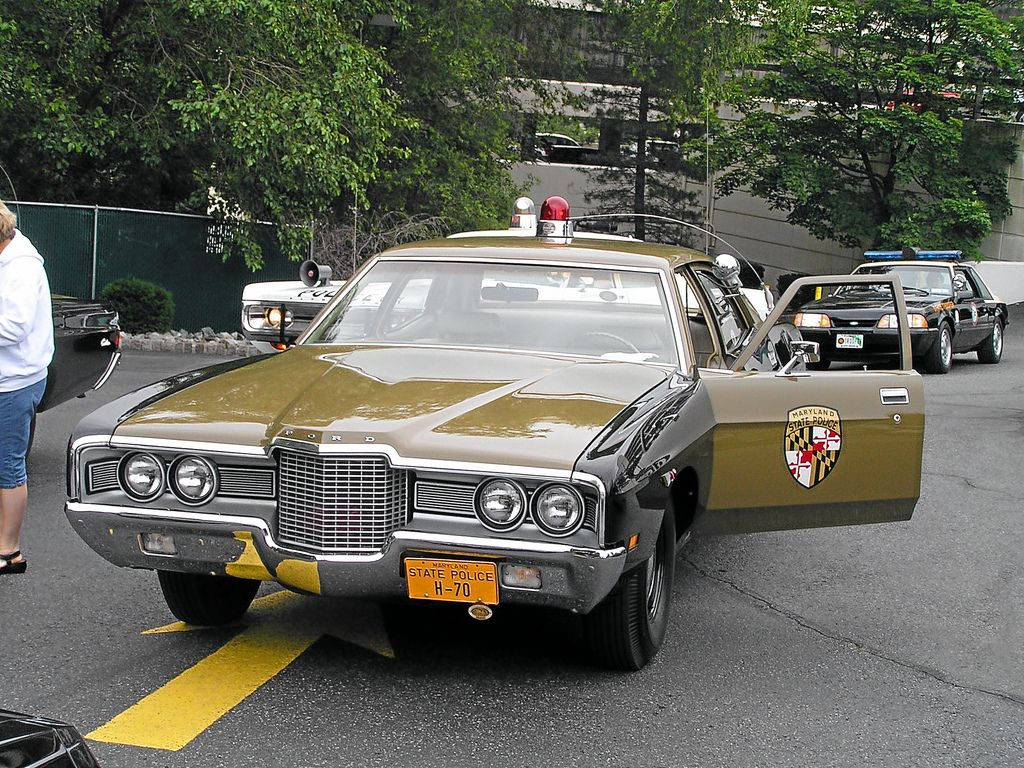1971 Ford Custom, Maryland State Police. | Classic Law Enforcement ...