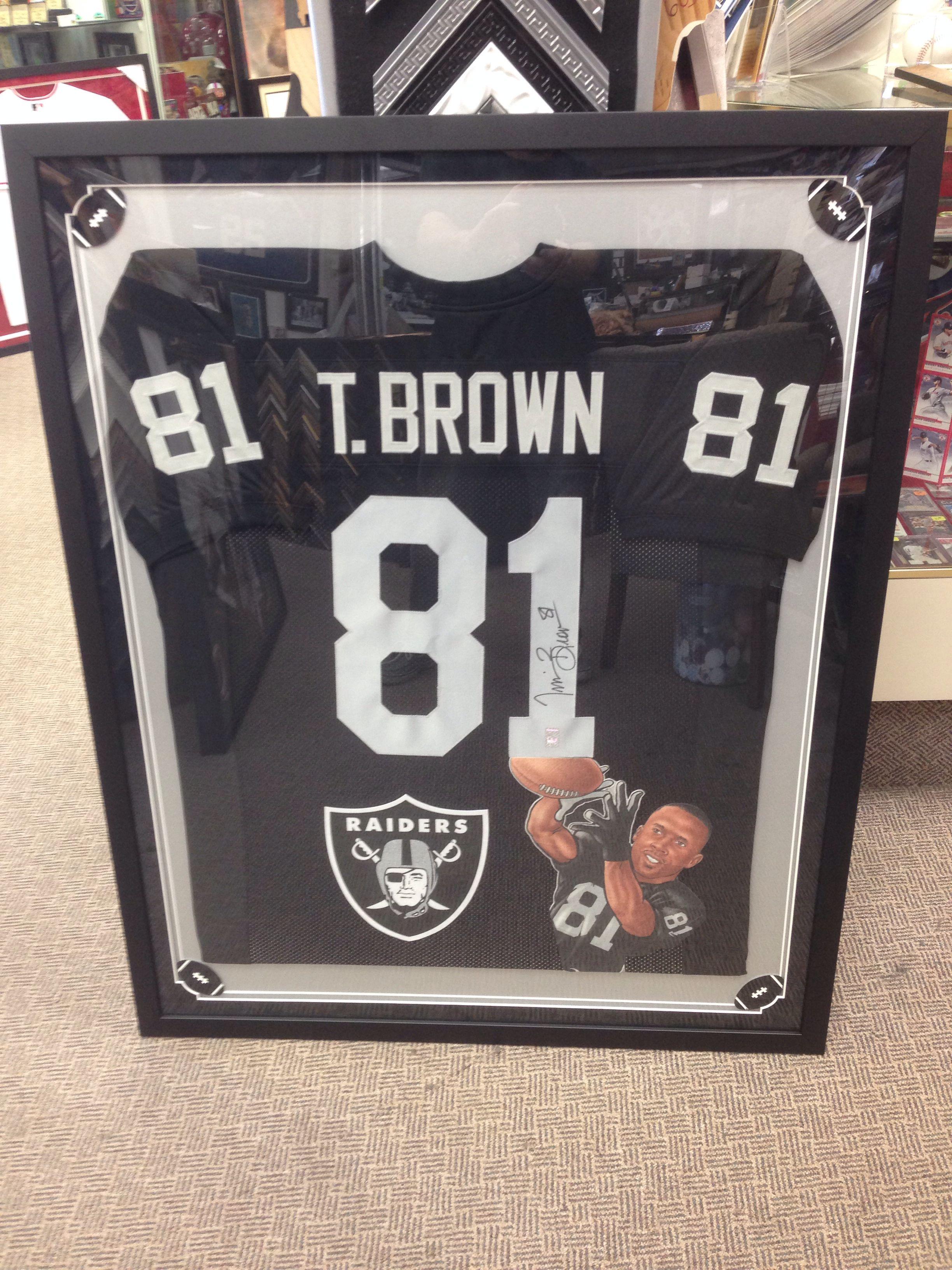 a1056063 Tim Brown Raiders jersey !   Creative Jersey Framing   Framed jersey ...