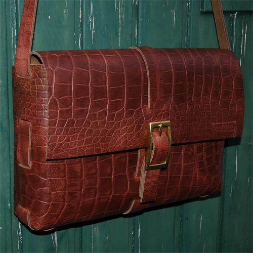 No stitch croco Custom bag by de rode stoel design in Luyksgestel The Netherlands. Best bags ever