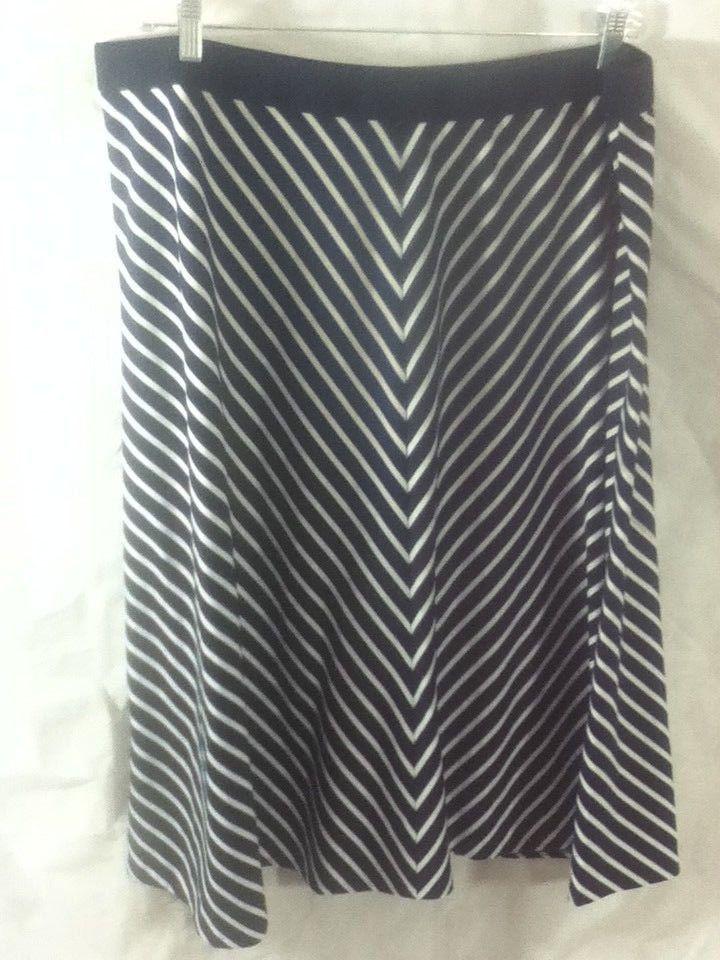 a3b4c72fdfc04 Ruby Rd Womens Plus Size Navy Blue and White Chevron Striped Maxi Skirt Sz  2X  Chevron  ALine