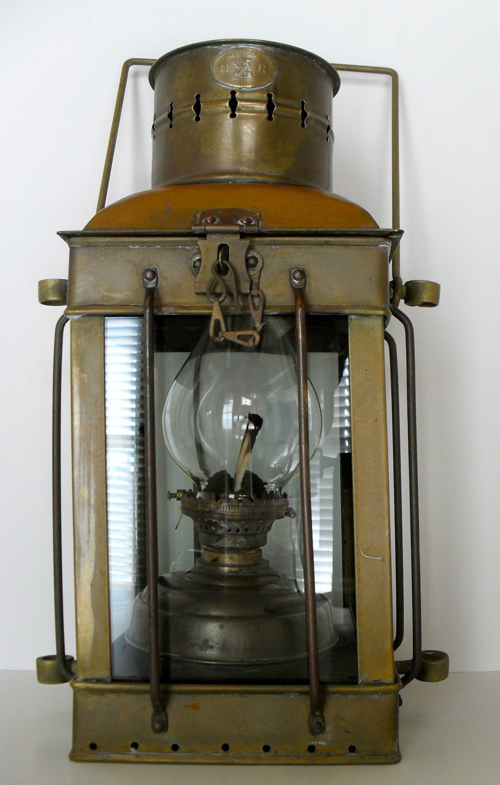 Antique 1920 S Marine Neptune Brass Oil Lantern Ship Lamp Boat Maritime Light Ebay Nautical Lamps Old Lanterns Lantern Candle Holders