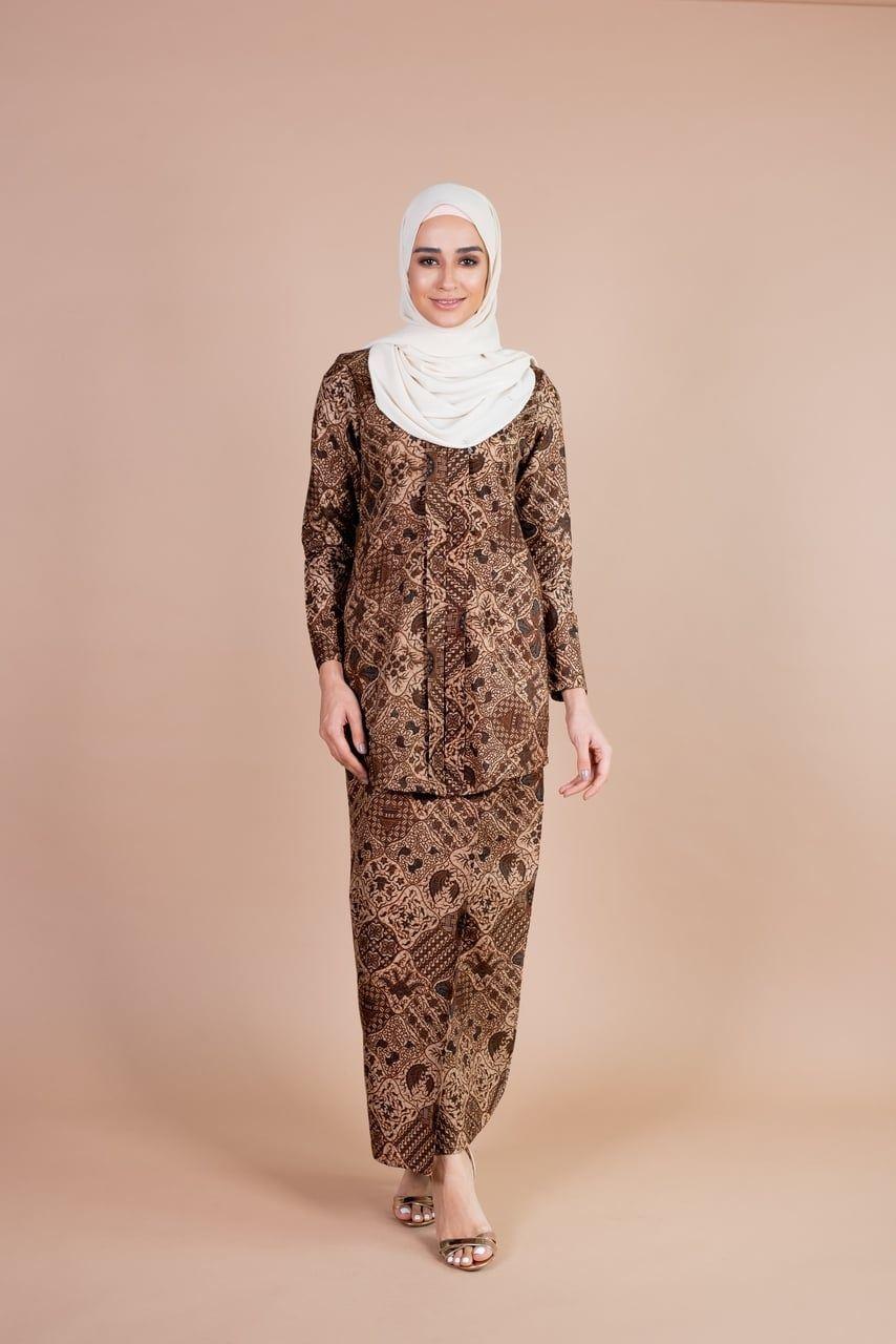 Model Kebaya Batik Ombre di 10  Model pakaian, Ombre, Kebaya