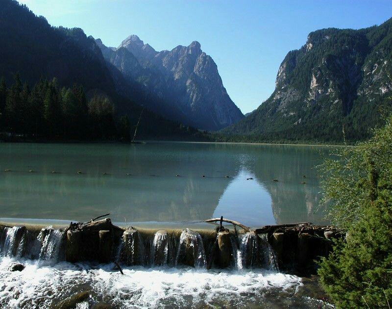 Lago di Dobbiaco in Val Pusteria   Lago
