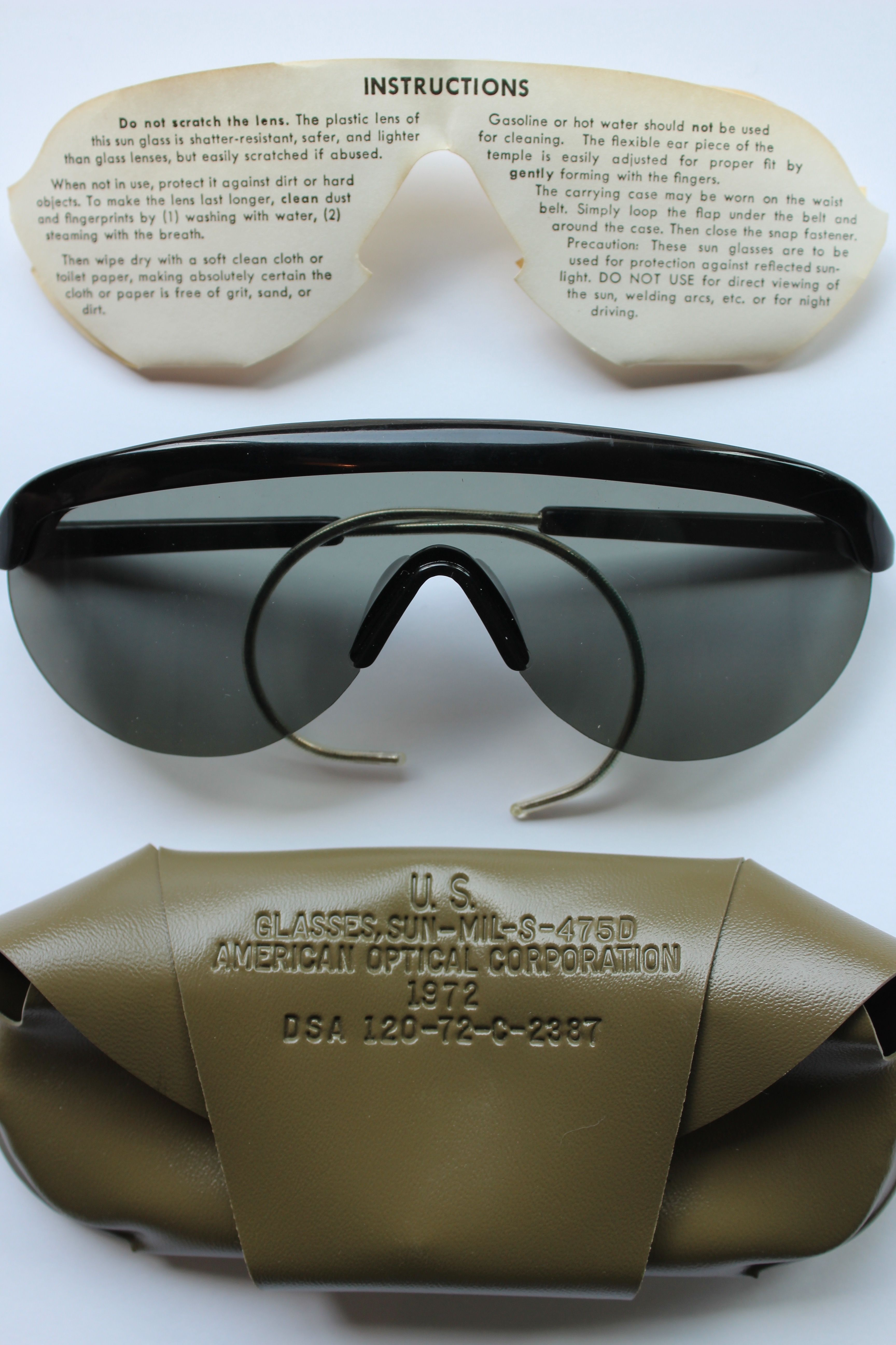 8637caaf093 Deadstock US Army sunglasses