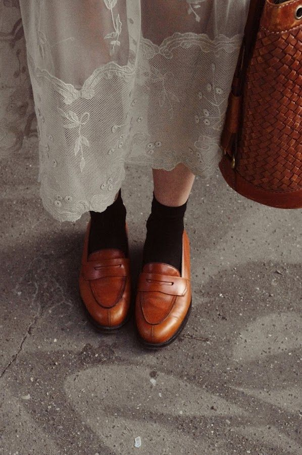 vintage, fashion, style, shoes, loafers, bag, lace skirt, white, socks, summer