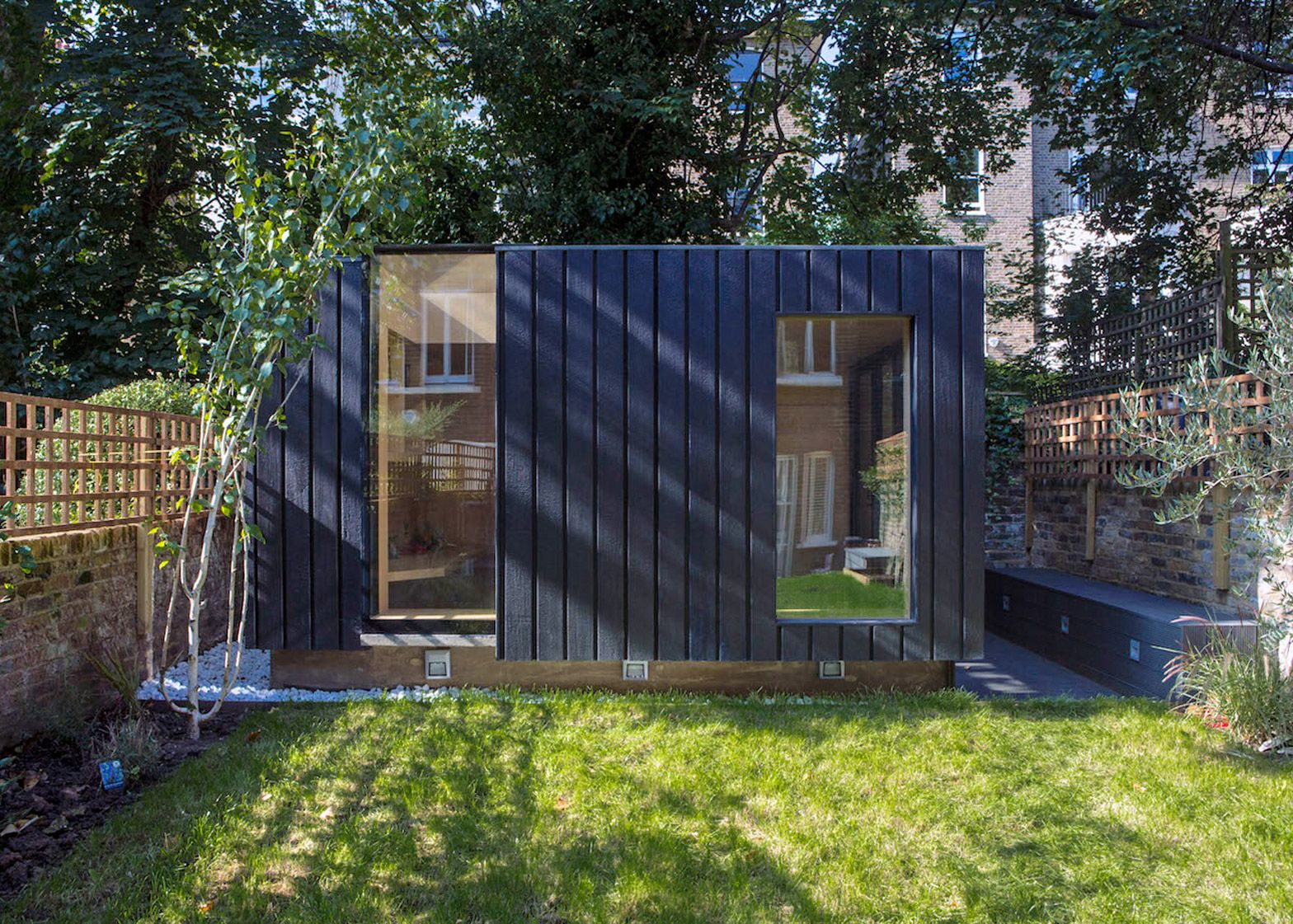 Massage therapy studio contemporary garden rooms by harrison james - Charred Cedar Clads The Exterior Of This Garden Room That Architect Neil Dusheiko Designed As An