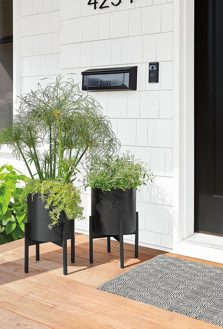 Modern Planters For Indoors Or Out Modern Plant Stand Modern Planters Door Planter