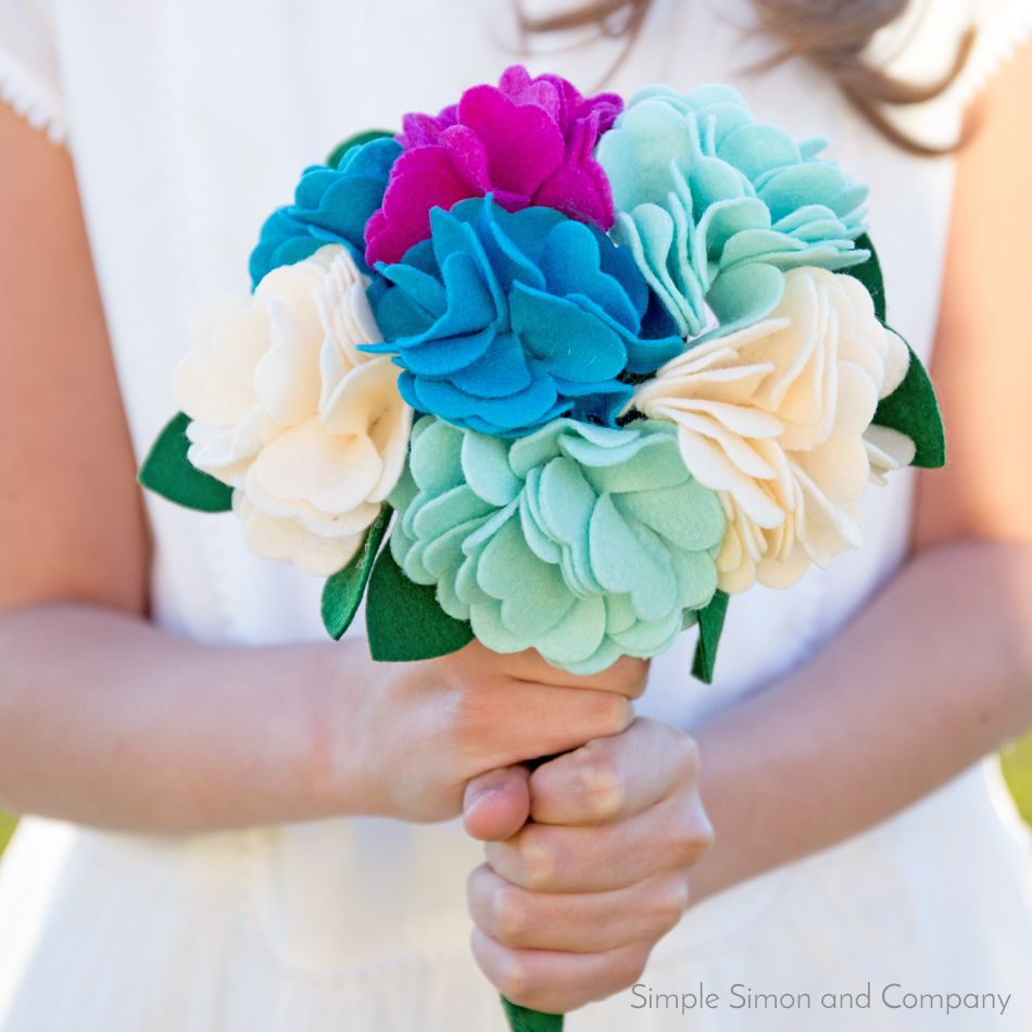 Nice Felt Flower Bouquets Sketch - Wedding Dresses From the Bridal ...