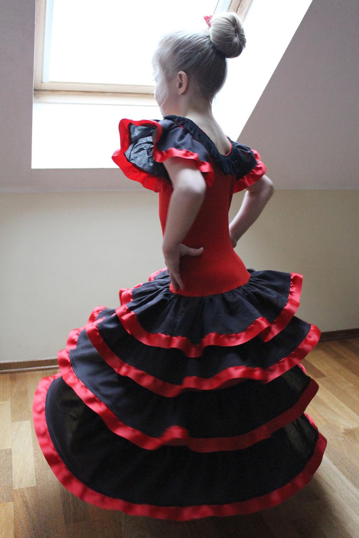 schnittmuster flamenco-kleid für mädchen • näh-e-book